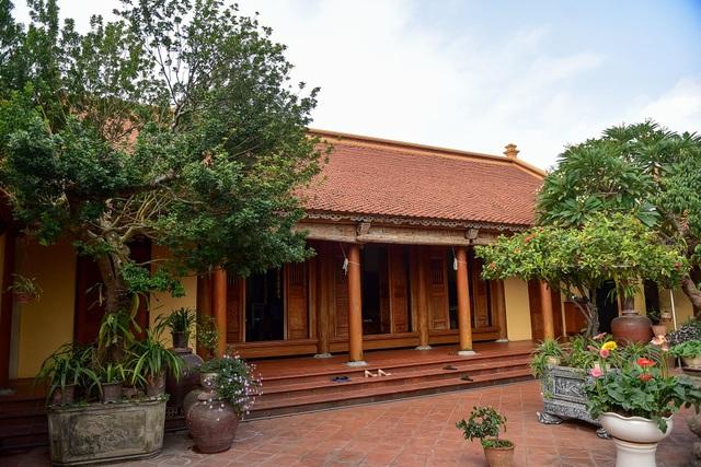 Nhà gỗ Bắc Bộ 1,5 tỷ đồng đẹp hiếm có ở Hưng Yên, ngày nào khách cũng vào ra chiêm ngưỡng - 2