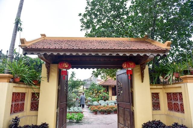 Nhà gỗ Bắc Bộ 1,5 tỷ đồng đẹp hiếm có ở Hưng Yên, ngày nào khách cũng vào ra chiêm ngưỡng - 1