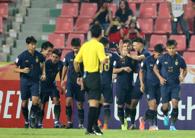 HLV Nishino tuyên bố không ngán các đối thủ của U23 Thái Lan tại bảng A - 2