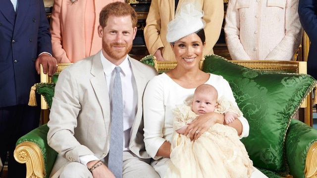 Vợ chồng Hoàng tử Harry mất gì khi rời Hoàng gia Anh? - 2