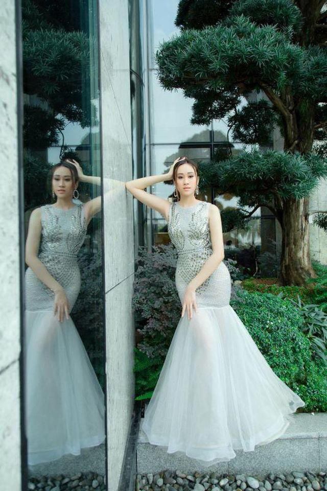 Anika Trinh Trinh đăng quang Hoa khôi Gương mặt Thời trang Mùa Xuân - 5