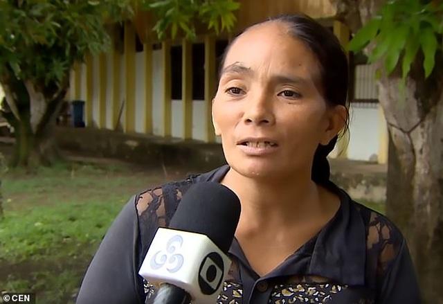 Bé gái 4 tuổi sống sót sau 5 ngày bị lạc trong rừng ở Brazil - 2