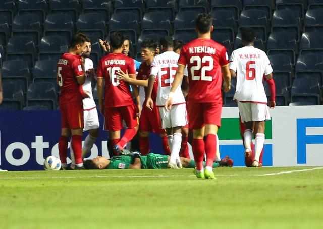 Thủ thành Bùi Tiến Dũng có khả năng vắng mặt ở trận gặp U23 Jordan - 1