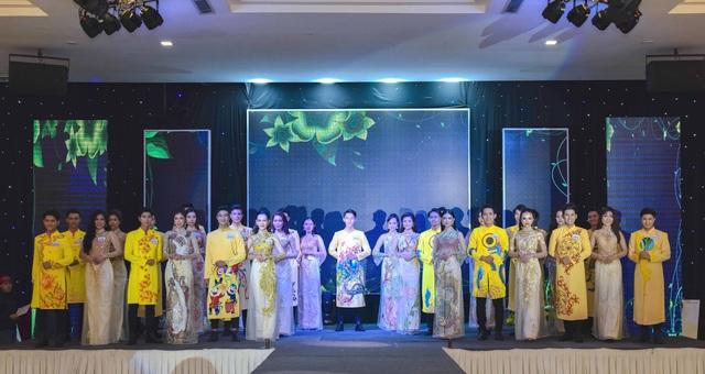 Anika Trinh Trinh đăng quang Hoa khôi Gương mặt Thời trang Mùa Xuân - 3