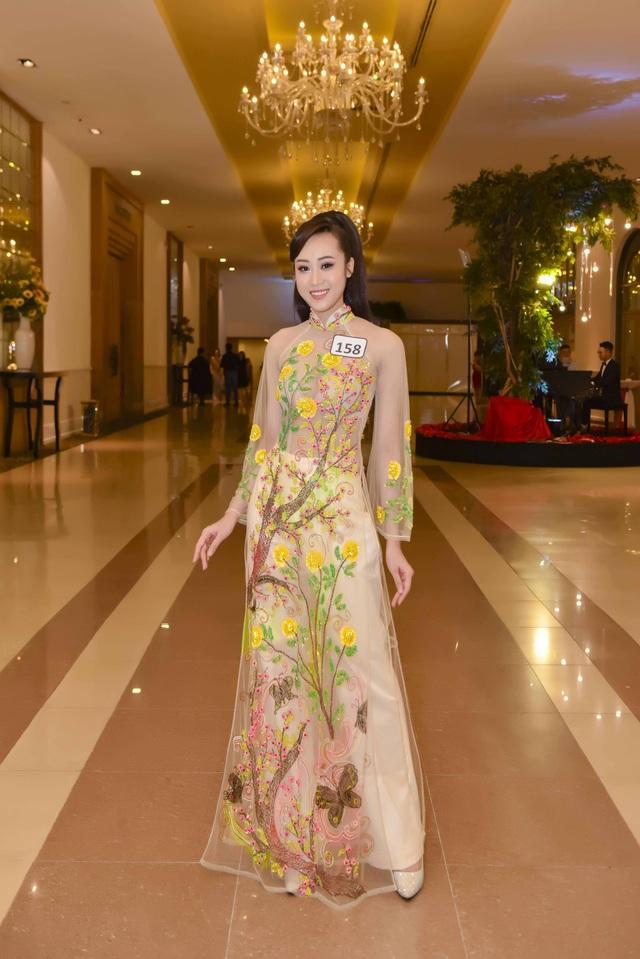 Anika Trinh Trinh đăng quang Hoa khôi Gương mặt Thời trang Mùa Xuân - 6