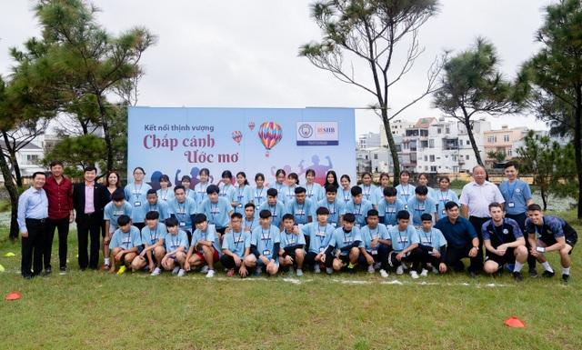 """Manchester City và SHB """"chắp cánh ước mơ"""" cho nhà lãnh đạo trẻ Việt Nam - 1"""