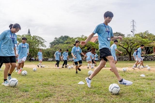 """Manchester City và SHB """"chắp cánh ước mơ"""" cho nhà lãnh đạo trẻ Việt Nam - 2"""