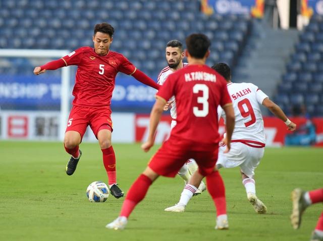 U23 Việt Nam bất phân thắng bại với U23 UAE - 19