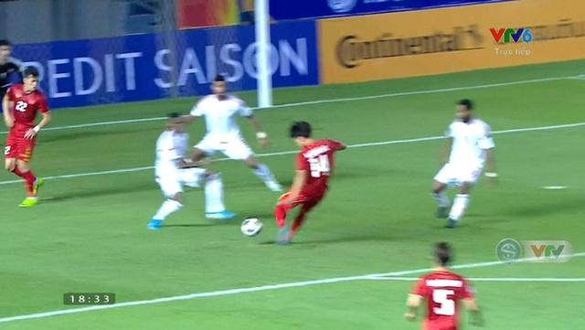 Vì sao trọng tài từ chối quả phạt đền của U23 Việt Nam? - 1