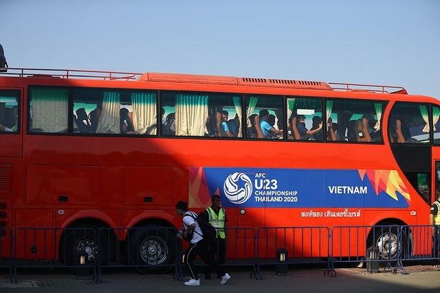 U23 Việt Nam gặp sự cố sau trận hoà U23 UAE, thầy Park nổi giận - 1