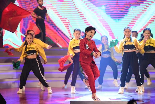 """Nguyễn Ngọc Anh giành giải nhất """"Giọng hát hay tiếng Hàn Quốc - VOV 2019"""" - 7"""