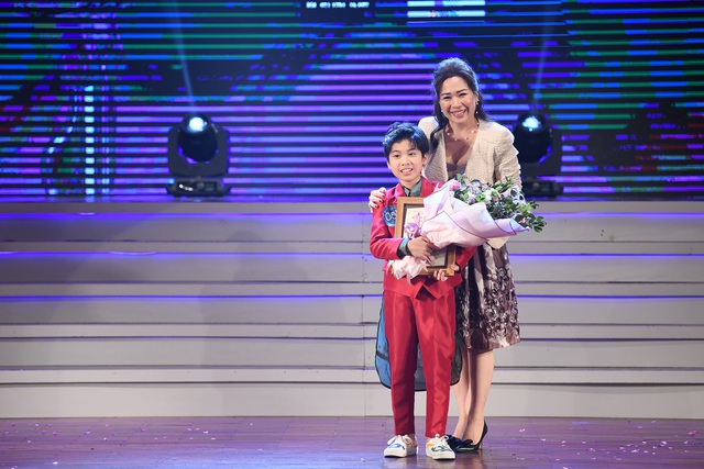 """Nguyễn Ngọc Anh giành giải nhất """"Giọng hát hay tiếng Hàn Quốc - VOV 2019"""" - 8"""