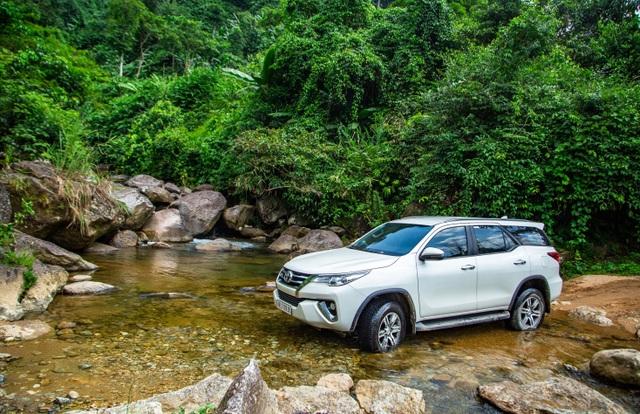 """Toyota Việt Nam khuyến mãi """"khủng"""" cho 3 dòng xe CKD - 3"""