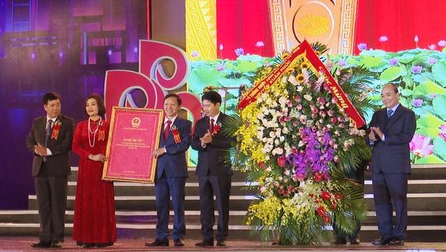 Thủ tướng trao cho Hà Nam chứng nhận thành lập thị xã Duy Tiên - Ảnh minh hoạ 3