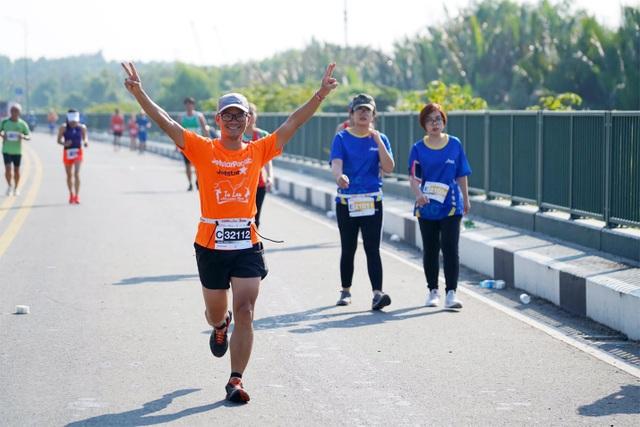 Jetstar là đối tác chiến lược tại giải chạy Marathon Huế 2020 - 1