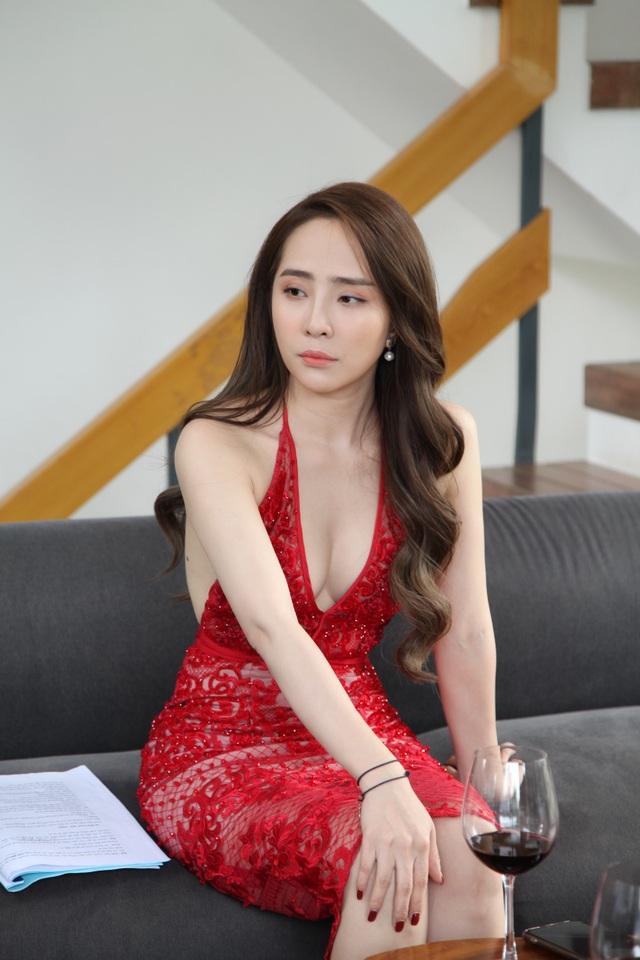 """Đóng cảnh """"nóng"""" bạo liệt nhưng Việt Anh thừa nhận: """"Chưa hôn ai khó như Quỳnh Nga"""" - 7"""