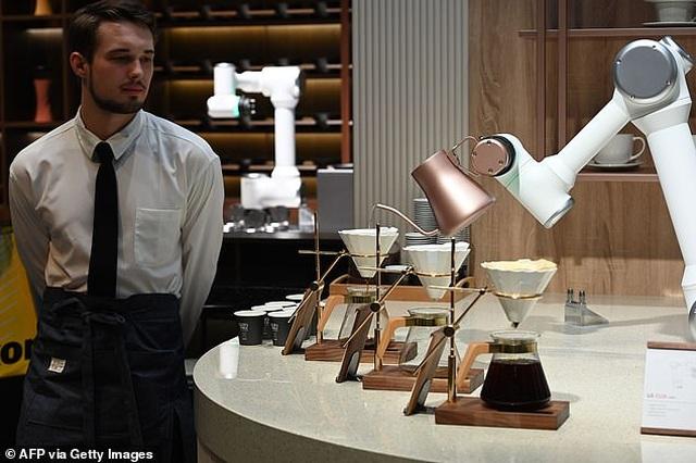 Xem robot trổ tài nấu ăn như người thật - 3