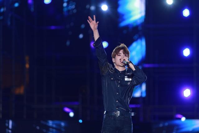 Ngắm lại màn trình diễn khiến fan phát cuồng của EXO-SC, Taemin - 12