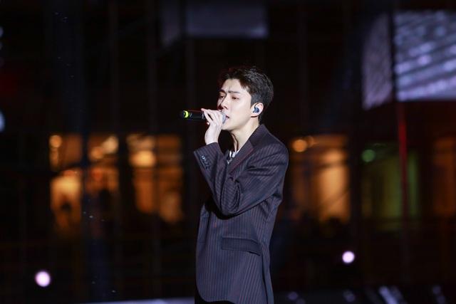 Ngắm lại màn trình diễn khiến fan phát cuồng của EXO-SC, Taemin - 17