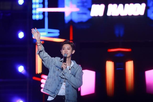 Ngắm lại màn trình diễn khiến fan phát cuồng của EXO-SC, Taemin - 16