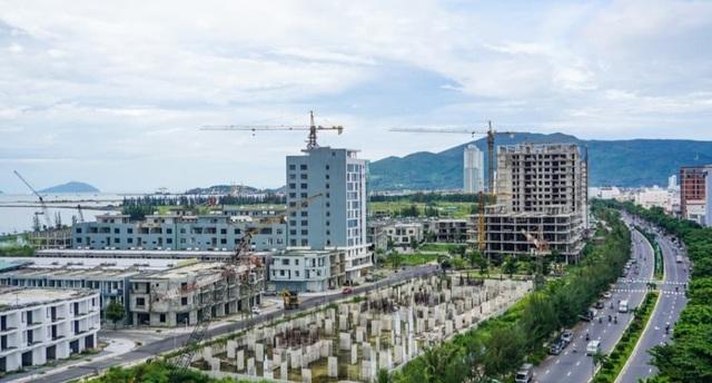 Đà Nẵng: Chật vật tìm cách vực dậy nền kinh tế đang trượt dài - 1