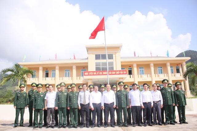 Phó Thủ tướng dâng hương tri ân các anh hùng, liệt sĩ tại thành cổ Quảng Trị - 4