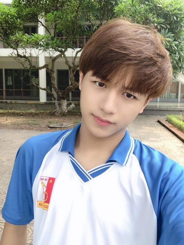 Khoảnh khắc đáng nhớ năm 2019 của các hot boy Việt - 5