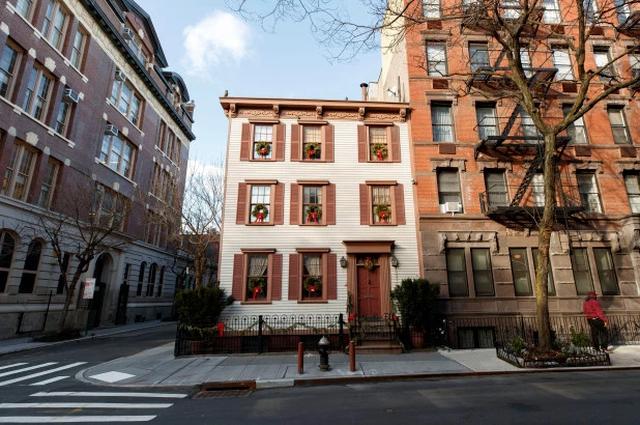 Cận cảnh ngôi nhà gỗ hàng trăm năm tuổi ở New York giá 300 tỷ, đẹp hiếm có - 1