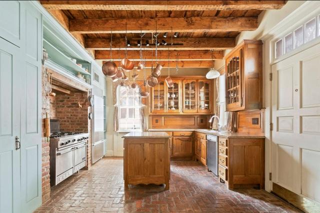 Cận cảnh ngôi nhà gỗ hàng trăm năm tuổi ở New York giá 300 tỷ, đẹp hiếm có - 3