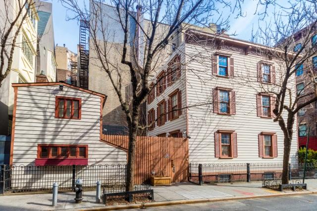 Cận cảnh ngôi nhà gỗ hàng trăm năm tuổi ở New York giá 300 tỷ, đẹp hiếm có - 4
