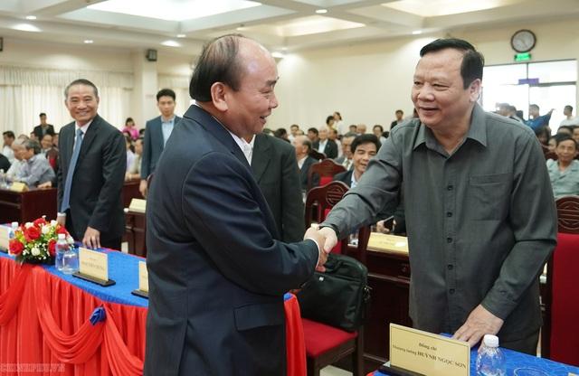 Thủ tướng trao đổi về vụ Đồng Tâm với các nguyên lãnh đạo Trung ương - 1