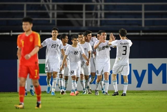 U23 Uzbekistan 2-0 U23 Trung Quốc: Chiến thắng dễ dàng - 1