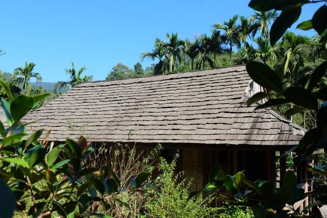 Độc đáo ngôi làng người Thái cổ nằm lọt thỏm giữa rừng ở Nghệ An - 5