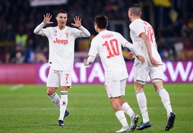 C.Ronaldo lập công, Juventus vô địch lượt đi Serie A - 1