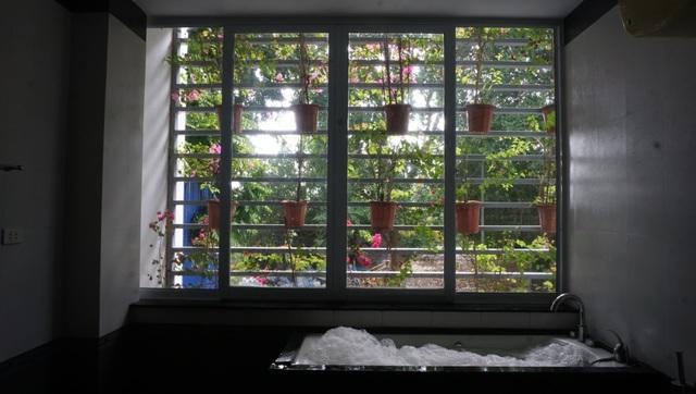 Chiêm ngưỡng ngôi biệt thự có đến 4 khu vườn xanh mát giữa lòng Hà Nội - 7