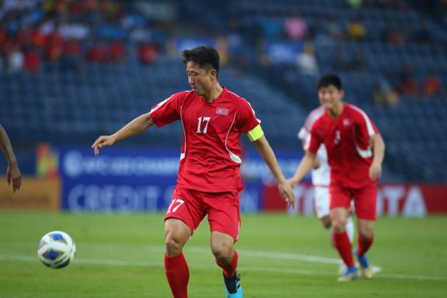 U23 UAE 2-0 U23 Triều Tiên: Khác biệt lớn ở khâu dứt điểm - 2