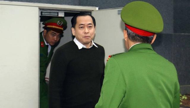 """Cựu Chủ tịch Đà Nẵng Trần Văn Minh bị tuyên 17 năm tù, Vũ """"nhôm"""" nhận 25 năm tù - 4"""