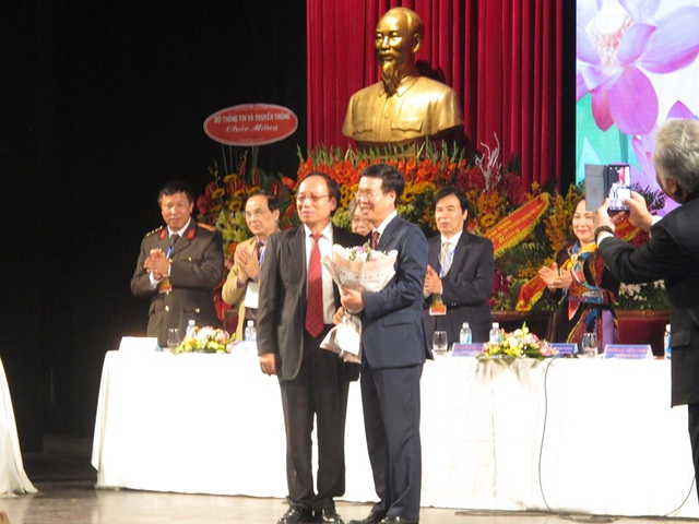 NSND Thuý Mùi đắc cử Chủ tịch Hội Nghệ sĩ Sân khấu Việt Nam - 3