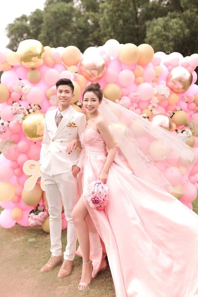 Ngắm bộ ảnh cưới tình bể bình của cầu thủ Phan Văn Đức và hot girl Nghệ An - 7