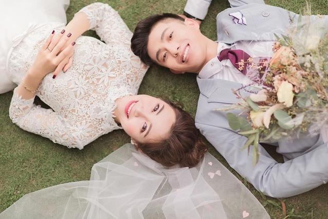 Ngắm bộ ảnh cưới tình bể bình của cầu thủ Phan Văn Đức và hot girl Nghệ An - 1