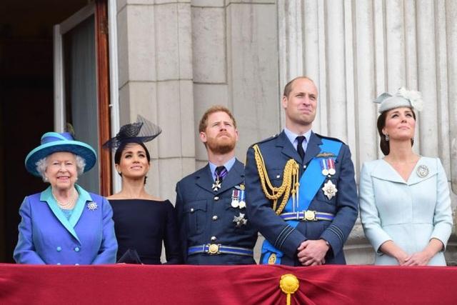 Hoàng tử Harry lo vợ suy sụp nếu ở Anh quá lâu - 2