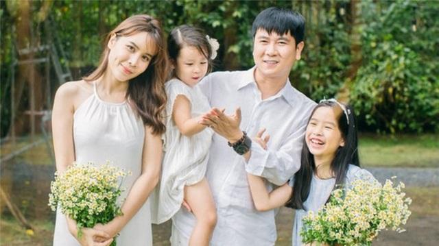 """Sao Việt công khai ly hôn năm 2019: người """"gương vỡ lại lành"""", cặp đấu tố """"ồn ào"""" - 2"""