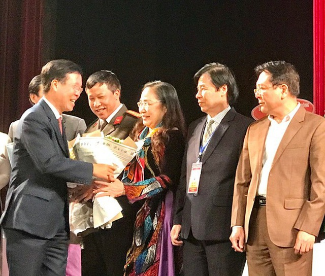 NSND Thuý Mùi đắc cử Chủ tịch Hội Nghệ sĩ Sân khấu Việt Nam - 2