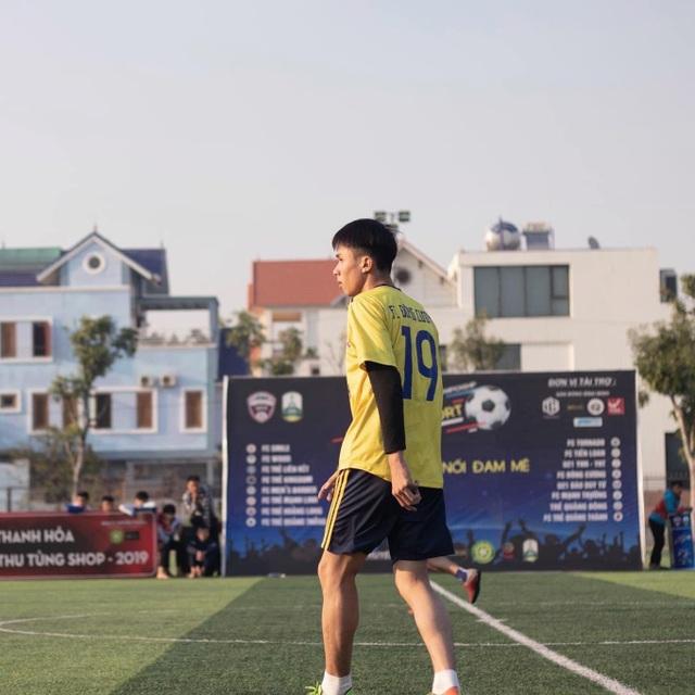 """Sau Bùi Tiến Dũng là Hoàng Long, Thanh Hóa tiếp tục gây bão vì một cầu thủ trẻ mệnh danh """"Hot boy chân vàng"""" - 1"""