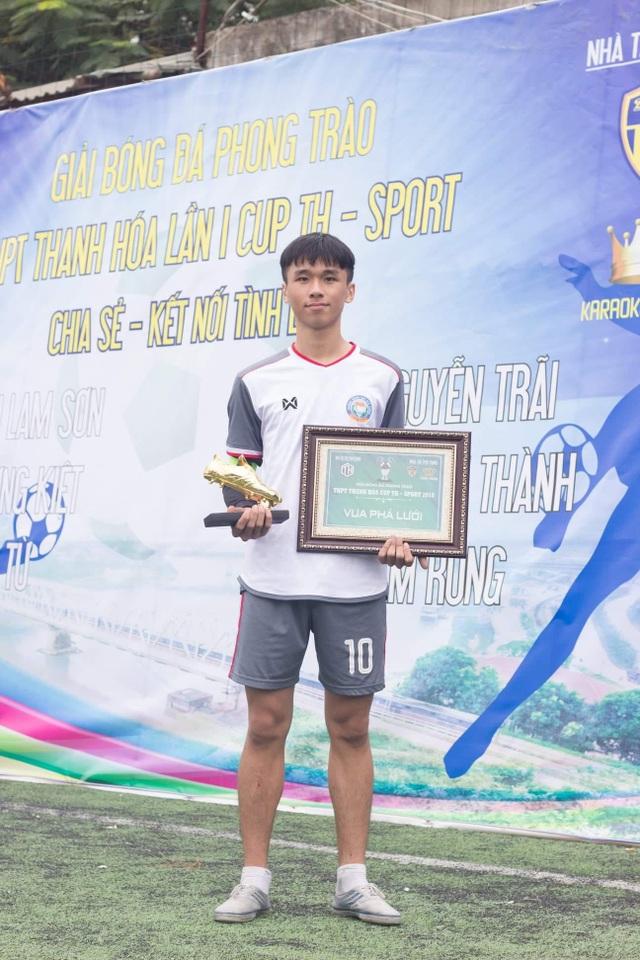 """Sau Bùi Tiến Dũng là Hoàng Long, Thanh Hóa tiếp tục gây bão vì một cầu thủ trẻ mệnh danh """"Hot boy chân vàng"""" - 2"""