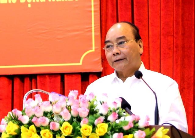 Thủ tướng chúc Tết, trao quà tại Cần Thơ - 2