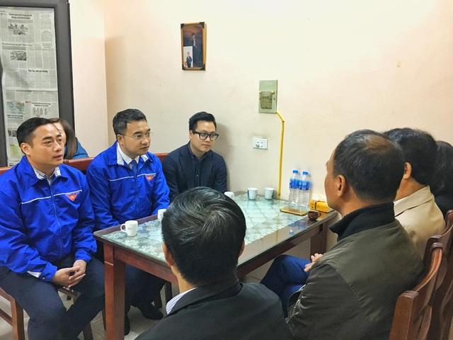 Thành đoàn Hà Nội thăm, động viên các gia đình chiến sỹ hy sinh tại Đồng Tâm - 2