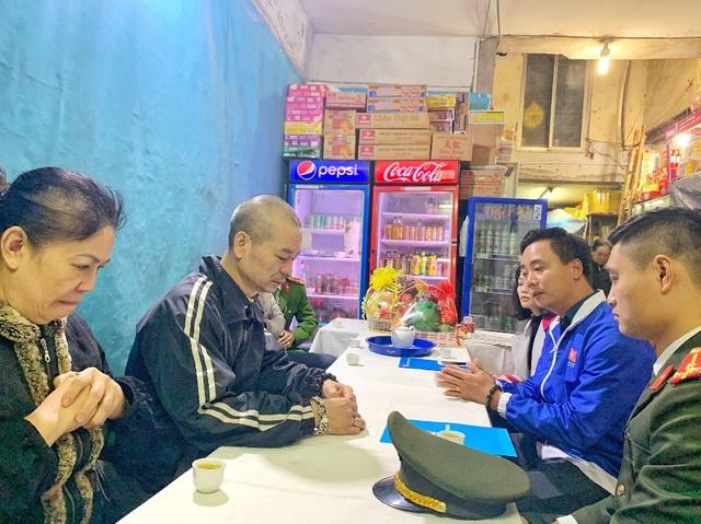 Thành đoàn Hà Nội thăm, động viên các gia đình chiến sỹ hy sinh tại Đồng Tâm - 3
