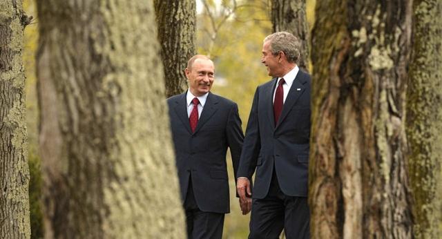Video ông Putin nhảy tưng bừng cùng cựu Tổng thống Mỹ - 1
