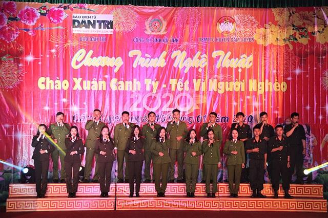 Ấm tình Xuân đêm giao lưu ủng hộ dân nghèo Hà Tĩnh đón Tết - 1